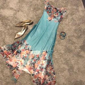 Floral dress sheer with attached slip Size L